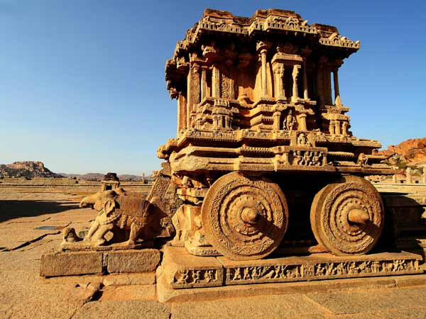 Famous Tourist Places In Karnataka