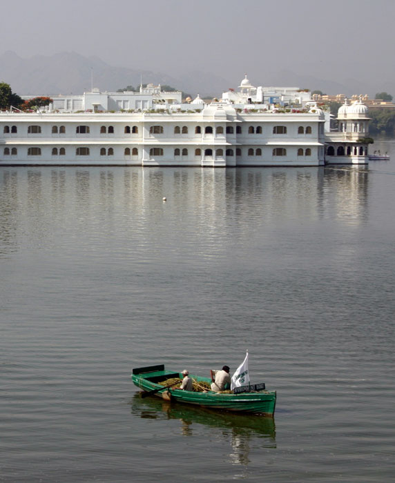 Udaipur Full Day Sightseeing