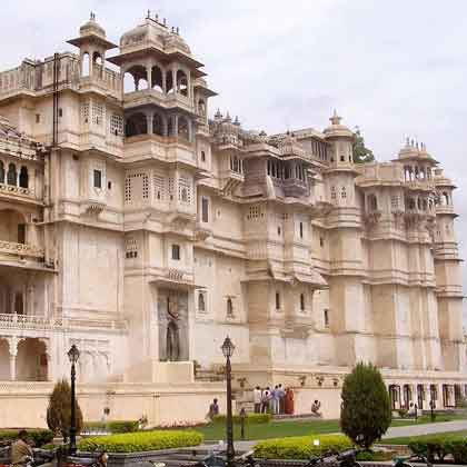 Udaipur Jaipur Tour 5 days